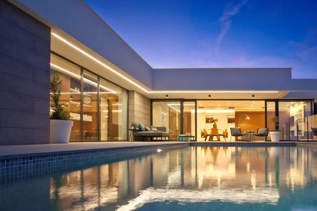 Villa met zeezicht in Cumbre del Sol