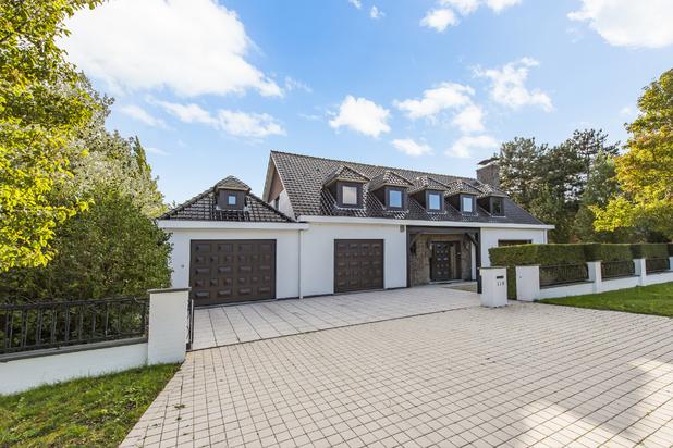 Unieke villa met 6 slaapkamers op toplocatie in De Haan
