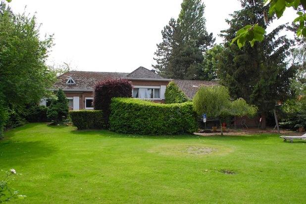 Splilevel villa met riante tuin in rand van Lier