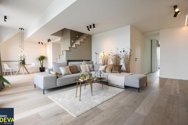 Uitzonderlijke nieuwe duplex ( 220m² + 35m² terras) op de Dumortierlaan met prachtig, open zicht op het park