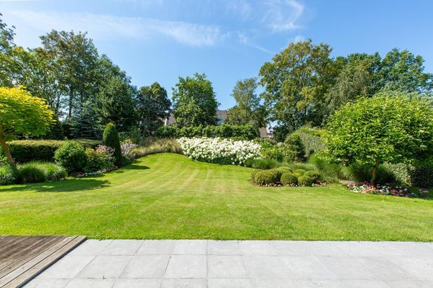 Exclusief: Villa met veel lichtinval en een prachtige tuin