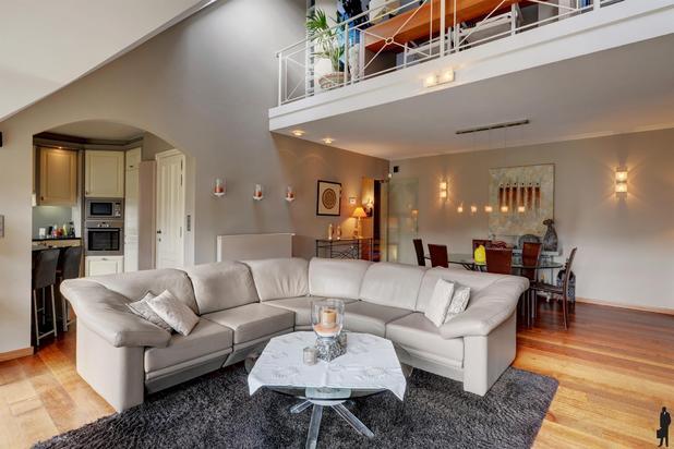 Uniek gelegen, VILLA-Appartement met terras en prachtig uitzicht te Keerbergen.