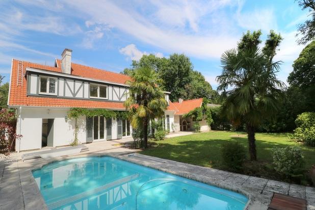 Magnifique villa avec piscine dans le Faubourg
