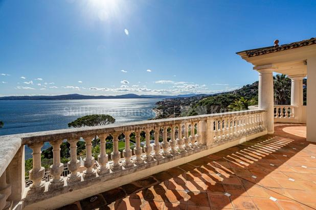 Villa for sale at Sainte-Maxime with reference 19601703964
