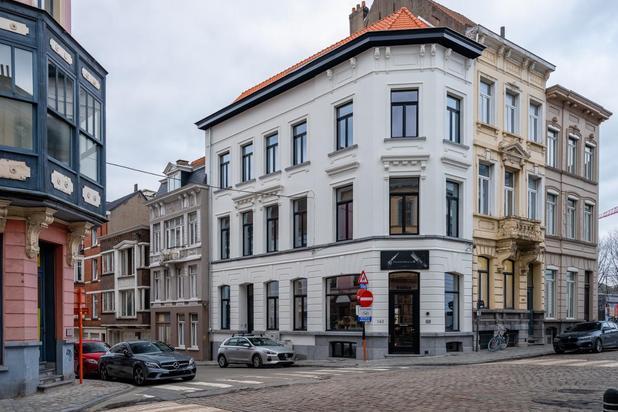 Knap gerenoveerd triplex appartement in hartje Gent
