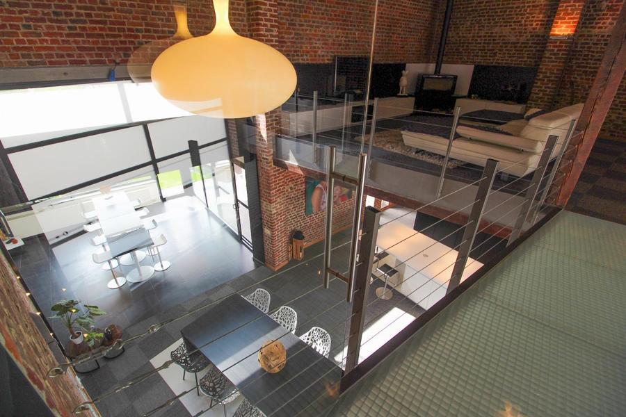 Uitzonderlijke woning in loftstijl met tal van mogelijkheden!