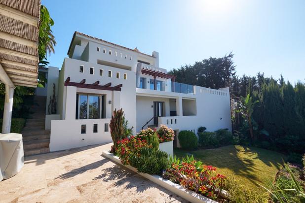 Villa te koop in Las Lomas de Nueva Andalucia, Nueva Andalucia