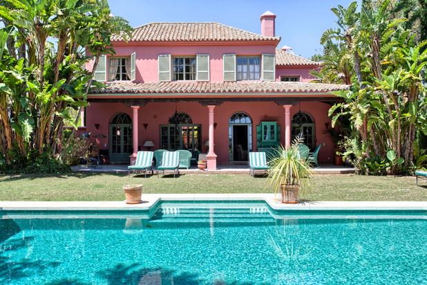 Villa te koop in Hacienda las Chapas, Marbella Oost