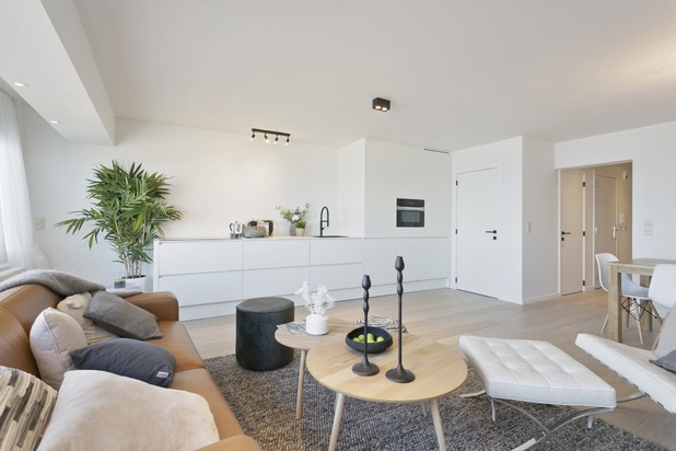 Magnifiek gerenoveerd appartement aan het strand van Knokke-Heist