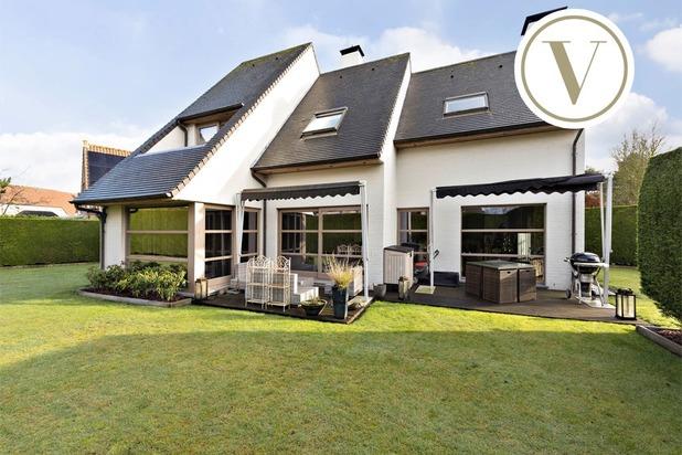 Moderne villa te koop aan de rand van Knokke
