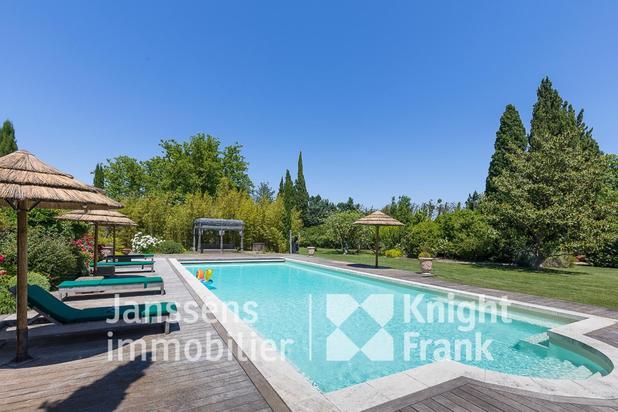 Villa te koop in Saint-Rémy-de-Provence met referentie 19301802182