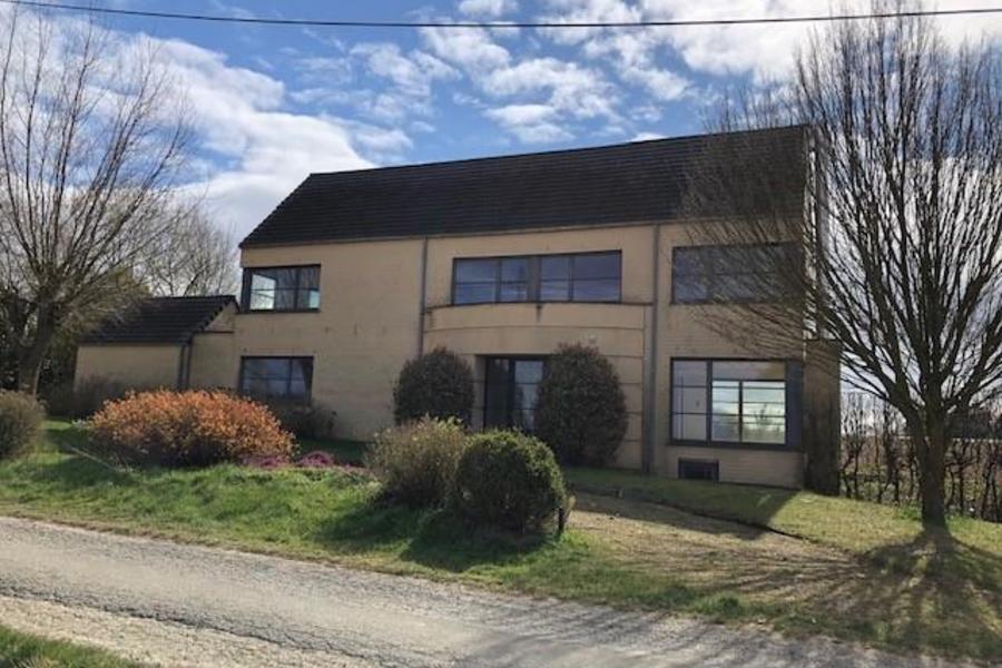 Villa te koop in Lasne met referentie 19501111703
