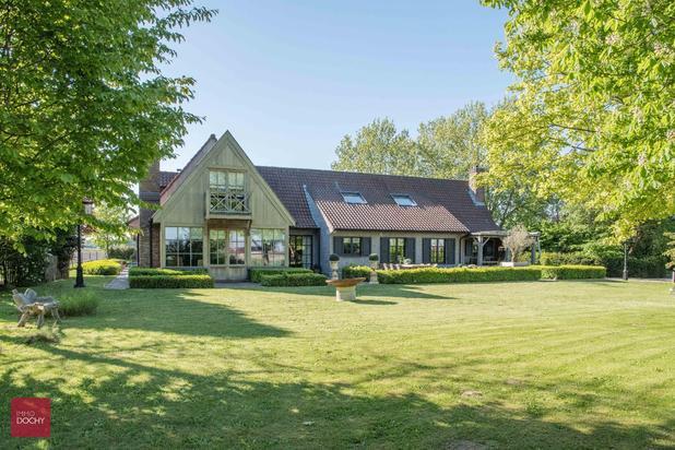 Landelijk gelegen recent vernieuwd landhuis te koop