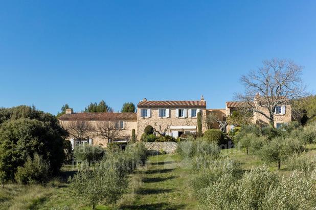 Villa te koop in La Tour-d'Aigues met referentie 19701312819