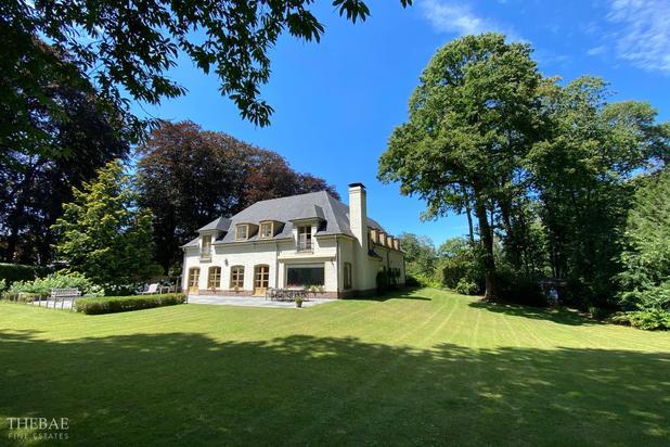 Villa op 4.633 m2 aan de Rode Beukendreef.