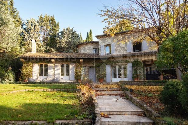 Villa te koop in Châteaurenard met referentie 19100972827