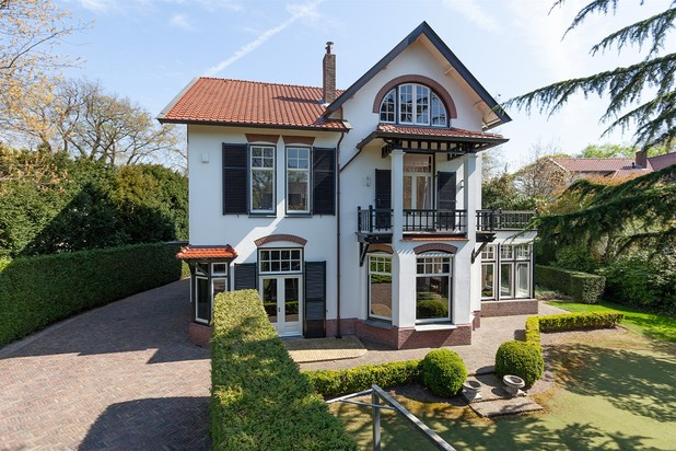 Villa for sale at BUSSUM with reference 19601815728