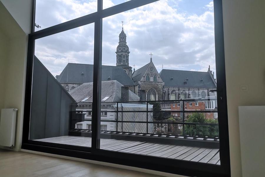 Penthouse te huur in Antwerpen met referentie 19901015438