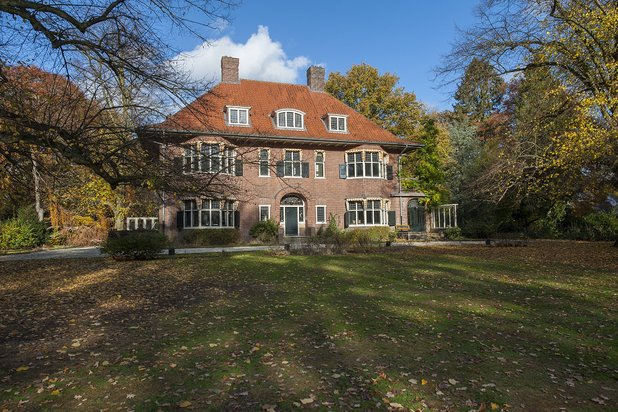 Villa for sale at TILBURG with reference 19301615364