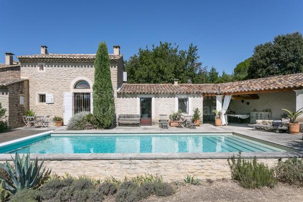 Villa te koop in Cabrières-d'Avignon met referentie 19301702380