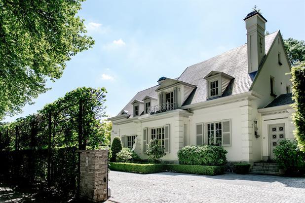 Spacieuse villa de luxe aux portes de la ville
