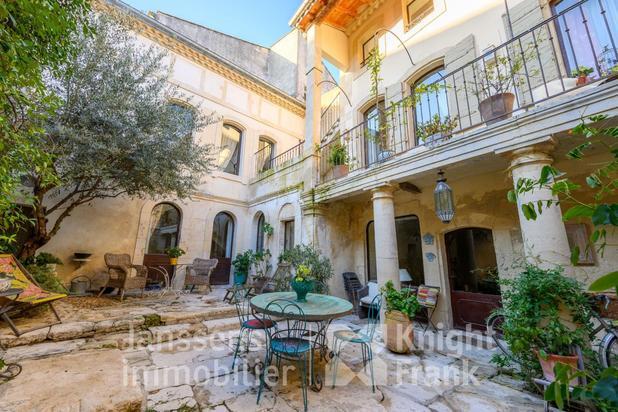 Villa te koop in Saint-Rémy-de-Provence met referentie 19700892456