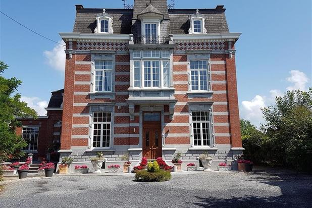 Historical building for sale at Mons with reference 19901621003