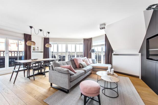 Recente duplex-app met open zicht op de villa's in het Zoute