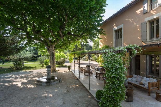 Villa for sale at L'Isle-sur-la-Sorgue with reference 19801921052