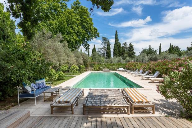 Villa for sale at L'Isle-sur-la-Sorgue with reference 19701823567