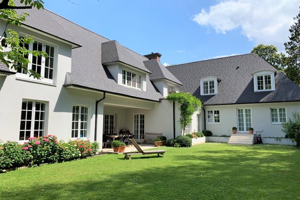 House of 900 m² - Uccle