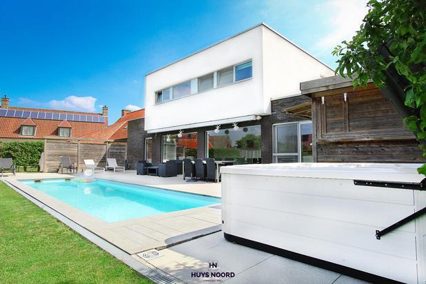 Villa met zwebad en zuidwestgerichte tuin