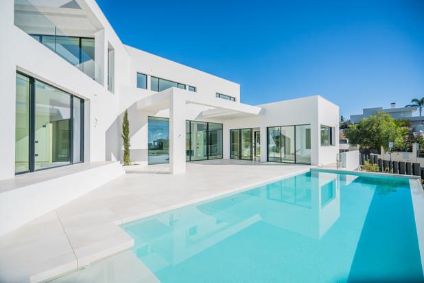 Villa te koop in Haza del Conde, Nueva Andalucia