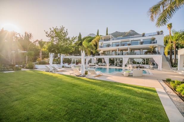 Villa te koop en te huur in Cascada de Camojan, Marbella Golden Mile