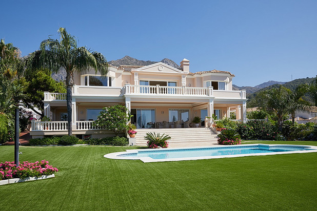 Villa te koop in Cascada de Camojan, Marbella Golden Mile