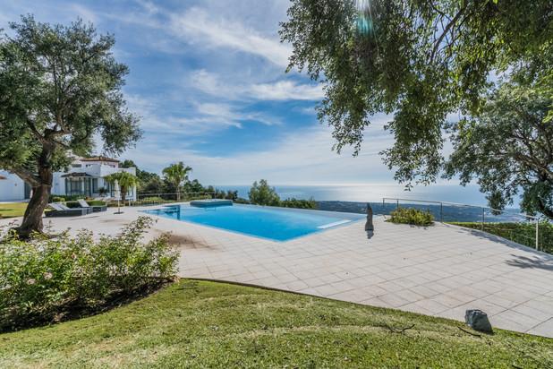 Villa te koop in Altos de Elviria, Marbella Oost