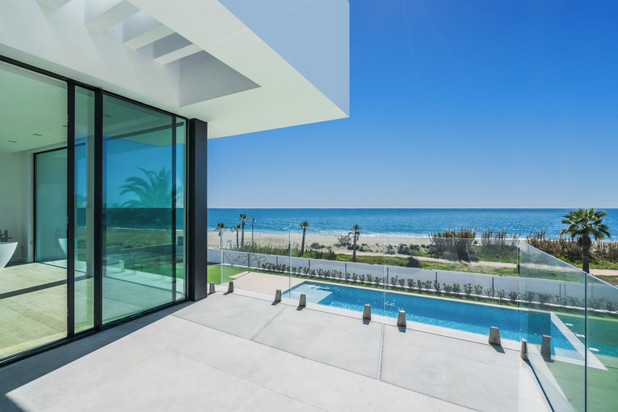 Villa te koop in New Golden Mile, Estepona
