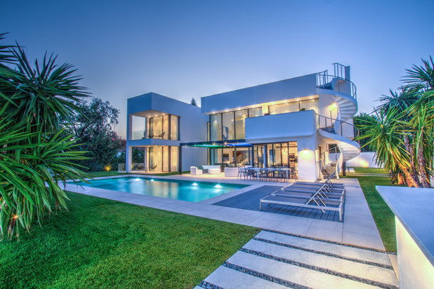 Villa te koop en te huur in Marbella - Puerto Banus