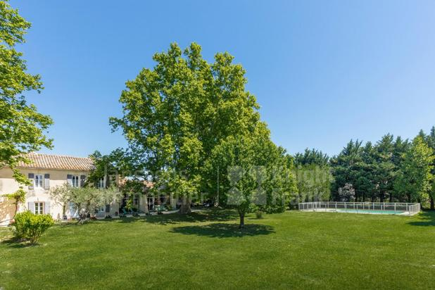 Villa for sale at Mollégès with reference 19601427132