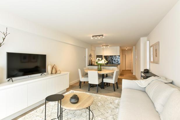 Appartement luxueux avec 3 chambres à coucher situé dans le centre de Knokke. Parking.