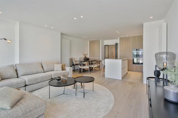 Superbe appartement situé dans une des plus belles résidences sur la digue du Zoute...