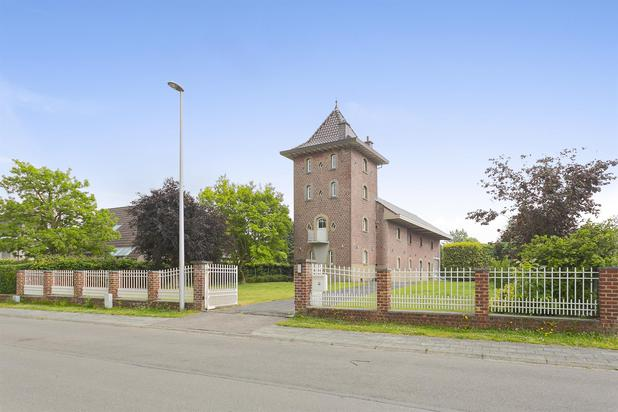 Volledig gerenoveerde Interbellumvilla op 19a13ca