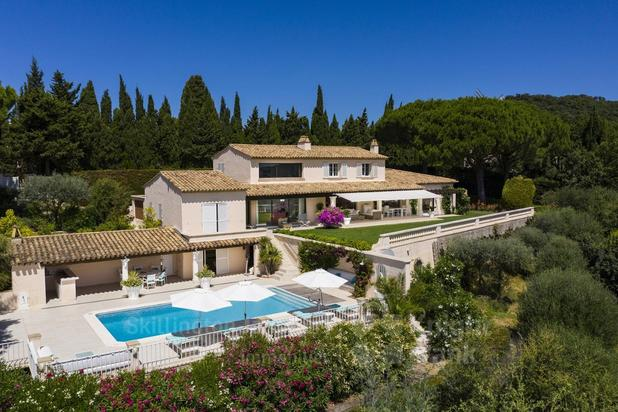 Villa for sale at Grimaud with reference 19501330902