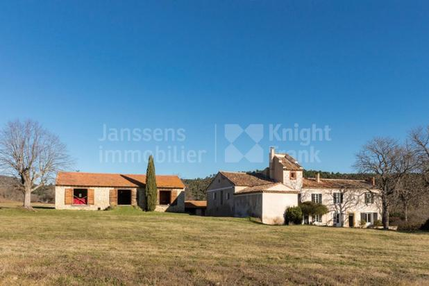 Villa for sale at Mirabeau with reference 19301612420