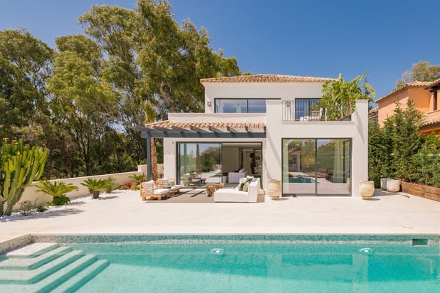 Villa te koop in Elviria Playa, Marbella Oost