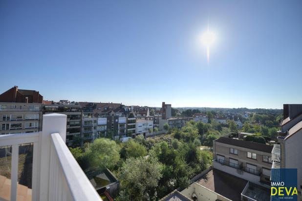 Ongem.  modern duplexdakapp. met 2 terrassen op de Dumortierlaan.