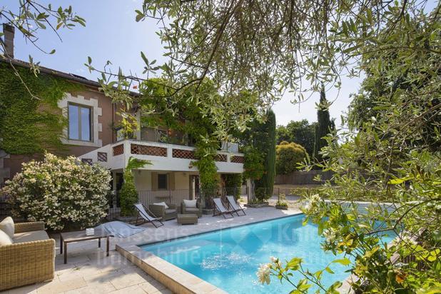 Maison de hameau avec piscine à vendre à Oppède