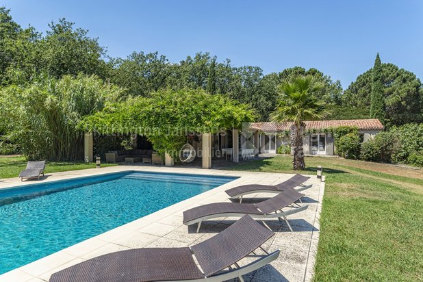 Villa for sale at La Garde-Freinet with reference 19901738533