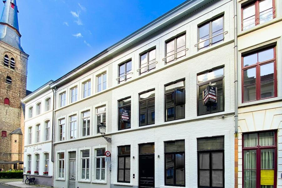 Luxe Herenwoning met 5 slaapkamers centrum Brugge