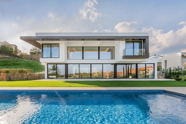 Villa te koop in Las lomas del Conde Luque, Benahavis
